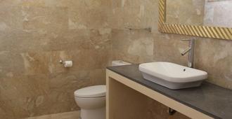 凱希克飯店 - 科洛布坎 - 浴室