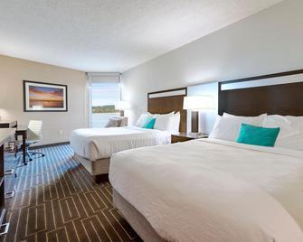 West Bay Beach-A Delamar Resort - Traverse City - Slaapkamer