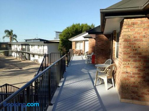 Beach Drive Motel - Batemans Bay - Balcony