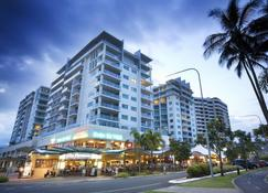 Mantra Trilogy - Cairns - Building