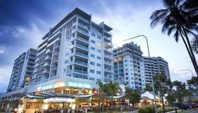 Mantra Trilogy - Cairns - Building