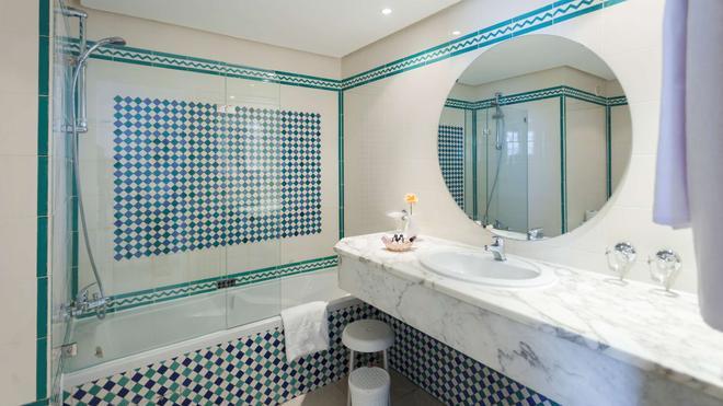 Hotel Marhaba - Sousse - Bathroom