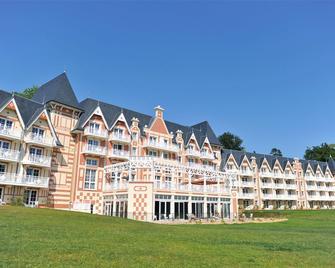 B'O Resort & Spa - Bagnoles-de-l'Orne-Normandie - Gebäude