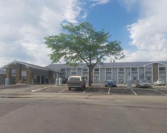 Super 8 by Wyndham Casper East/Evansville - Evansville - Building