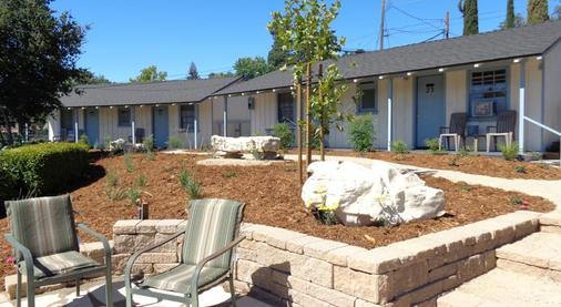 Farmhouse Motel - Paso Robles - Patio
