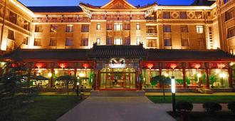 Traveler Inn Huaqiao Beijing Hotel - Beijing - Building