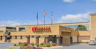 Ramada Plaza & Conf Center By Wyndham Charlotte Airport - Шарлотт - Здание
