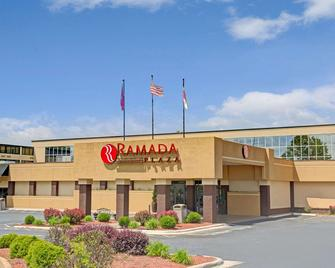 Ramada Plaza & Conf Center By Wyndham Charlotte Airport - Charlotte - Gebouw