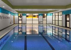 Radisson Blu Hotel, Glasgow - Glasgow - Pool