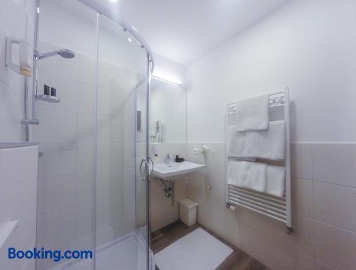 Bayrischer Hof - Wels - Bathroom