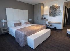 Van Der Valk Hotel Utrecht - Utrecht - Bedroom