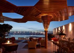 Myconian Naia - Preferred Hotels & Resorts - Mykonos - Bar