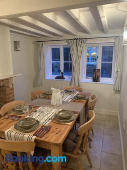 The Stag and Huntsman - Henley-on-Thames - Dining room