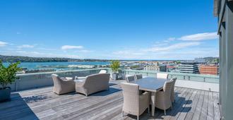 Scenic Hotel Dunedin City - Dunedin - Balcony