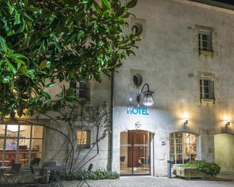 Hotel Saint Nicolas - La Rochelle - Building