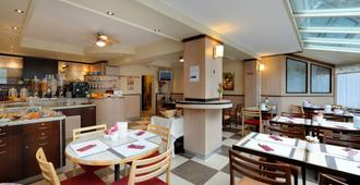 Hôtel Bon Port - מונטרה - מסעדה