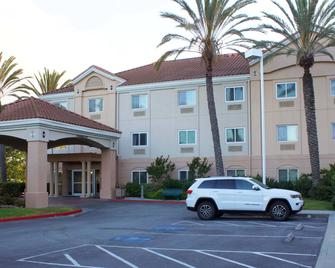 Fairfield Inn & Suites by Marriott San Francisco San Carlos - San Carlos - Gebouw
