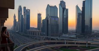 Friends House Hostel - Dubai - Cảnh ngoài trời