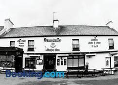 Vaughans Anchor Inn - Liscannor - Building