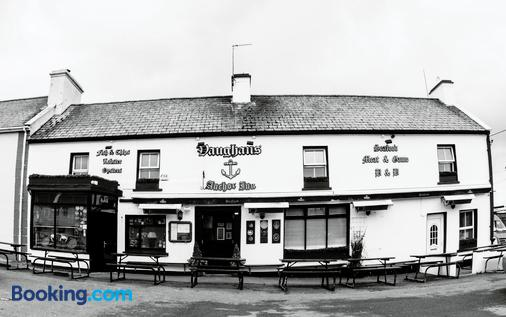 Vaughans Anchor Inn - Liscannor - Building
