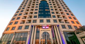 Mercure Grand Hotel Seef - All Suites - Manama - Byggnad