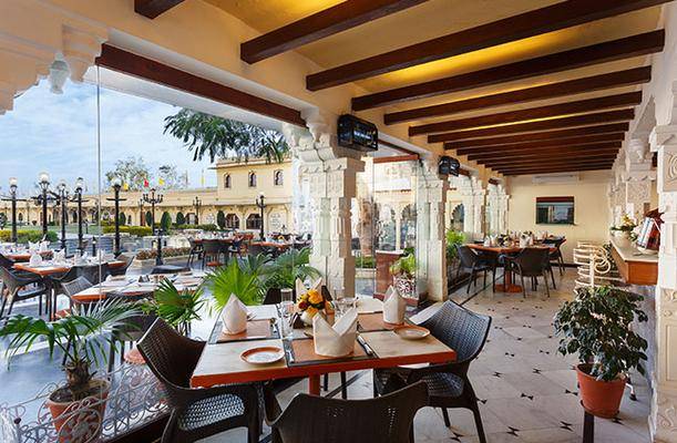 Shiv Niwas Palace By Hrh Group Of Hotels - Udaipur - Restaurant