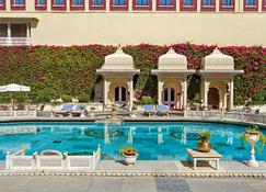 Shiv Niwas Palace By Hrh Group Of Hotels - Udaipur - Piscina