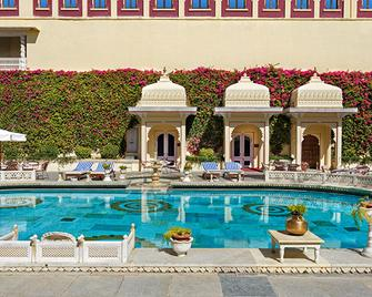 Shiv Niwas Palace By Hrh Group Of Hotels - Udaipur - Pool
