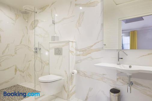 Hotel Duette Paris - Paris - Bathroom