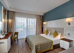 Side Crown Charm Palace - Manavgat - Bedroom
