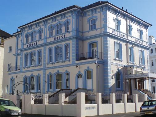 Vernon Guest House - Eastbourne - Building