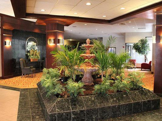 Avalon Hotel & Conference Center - Erie - Lobby