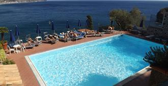 Bay Palace Hotel - Taormina - Pool