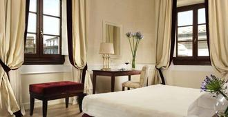 Fh55 Hotel Calzaiuoli - Florence - Bedroom