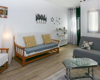 C13 - Belavista 3 Bed Apartment by Dreamalgarve - Praia da Luz - Living room