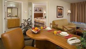 Candlewood Suites Baytown - Baytown - Ruokailuhuone