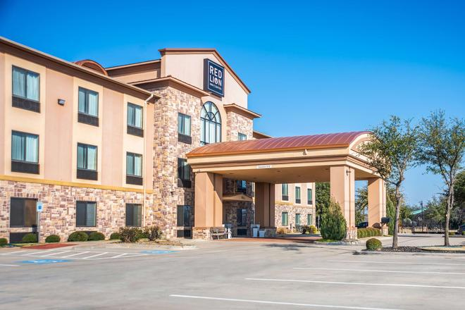 Red Lion Inn & Suites Mineral Wells - Mineral Wells - Building