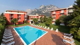 Hotel Brione Green Resort - Riva del Garda - Pool