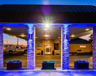 Best Western Red Carpet Inn - Hereford - Будівля
