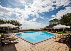 Avani Lesotho Hotel & Casino - Maseru - Pool