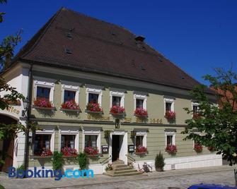 Hotel zur Post - Bad Kotzting - Building