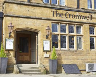 Cromwell Lodge Hotel By Greene King Inns - Банбері - Building