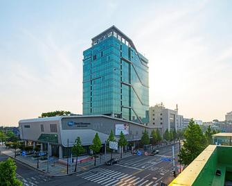 Best Western Harbor Park Hotel - Incheon - Building