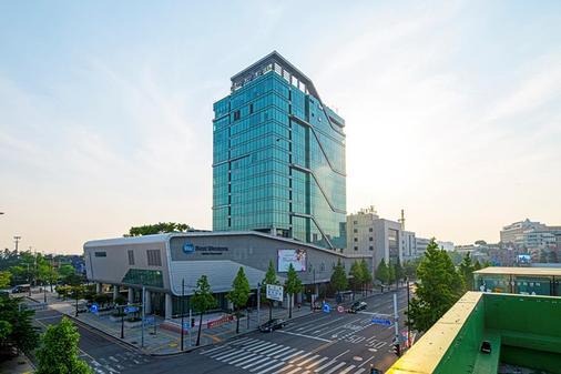 Best Western Harbor Park Hotel - Incheon - Building