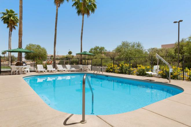 Country Inn & Suites by Radisson, Tucson Air, AZ - Tucson - Pool