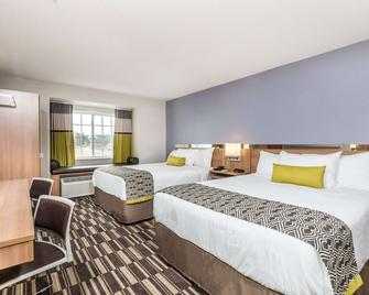 Microtel Inn & Suites by Wyndham Beaver Falls - Beaver Falls - Спальня