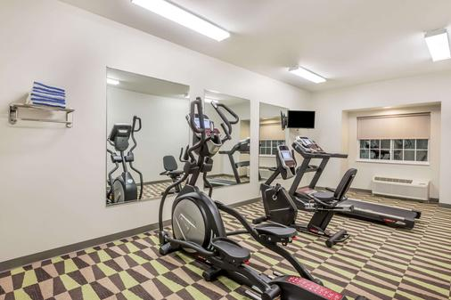 Microtel Inn & Suites by Wyndham Beaver Falls - Beaver Falls - Fitnessbereich