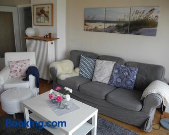 Ferienwohnung Spatzennest - Wesel - Living room