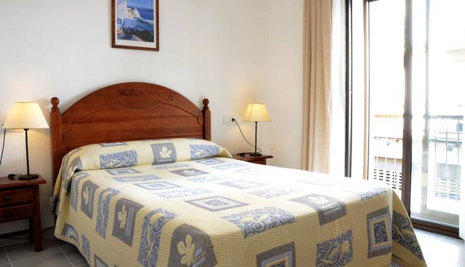 巨人酒店 - 赫雷斯德拉弗隆特拉 - 赫雷斯-德拉弗龍特拉 - 臥室