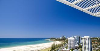 Kirra Surf Apartments - Coolangatta